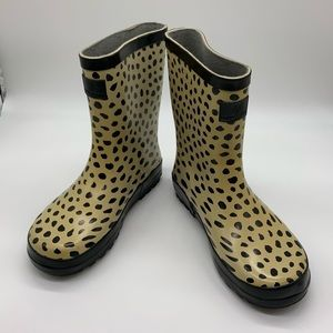 NEW. Country road rubber boots. Size 33
